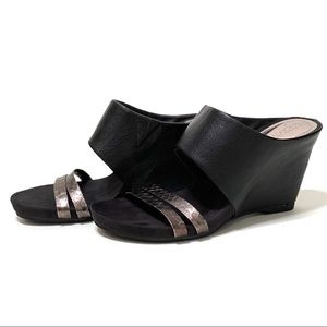 Kenneth Cole Reaction, Black Leather Wedges
